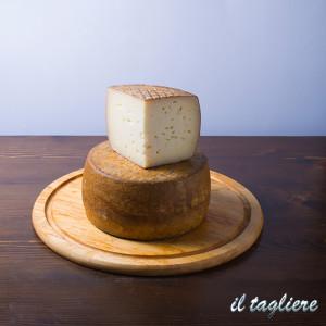formaggi-tipici-online-21