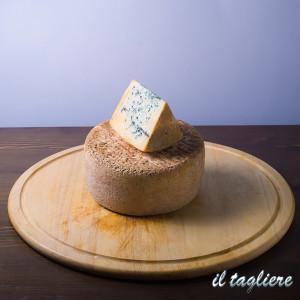 formaggi-tipici-online-4