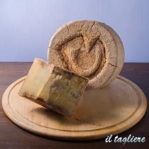 formaggi-tipici-online-5
